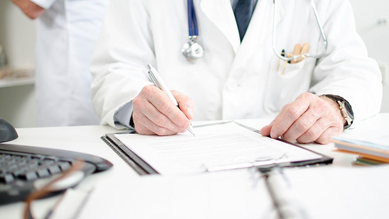 تقرير طبي جاهز للتعبئة وللطباعة والتعديل جديد 2021
