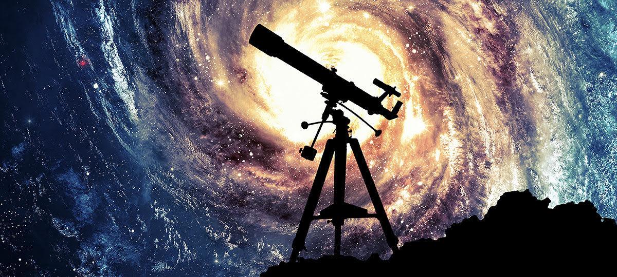 اي المناظير الفلكيه يستخدم المرايا لتجميع الضوء