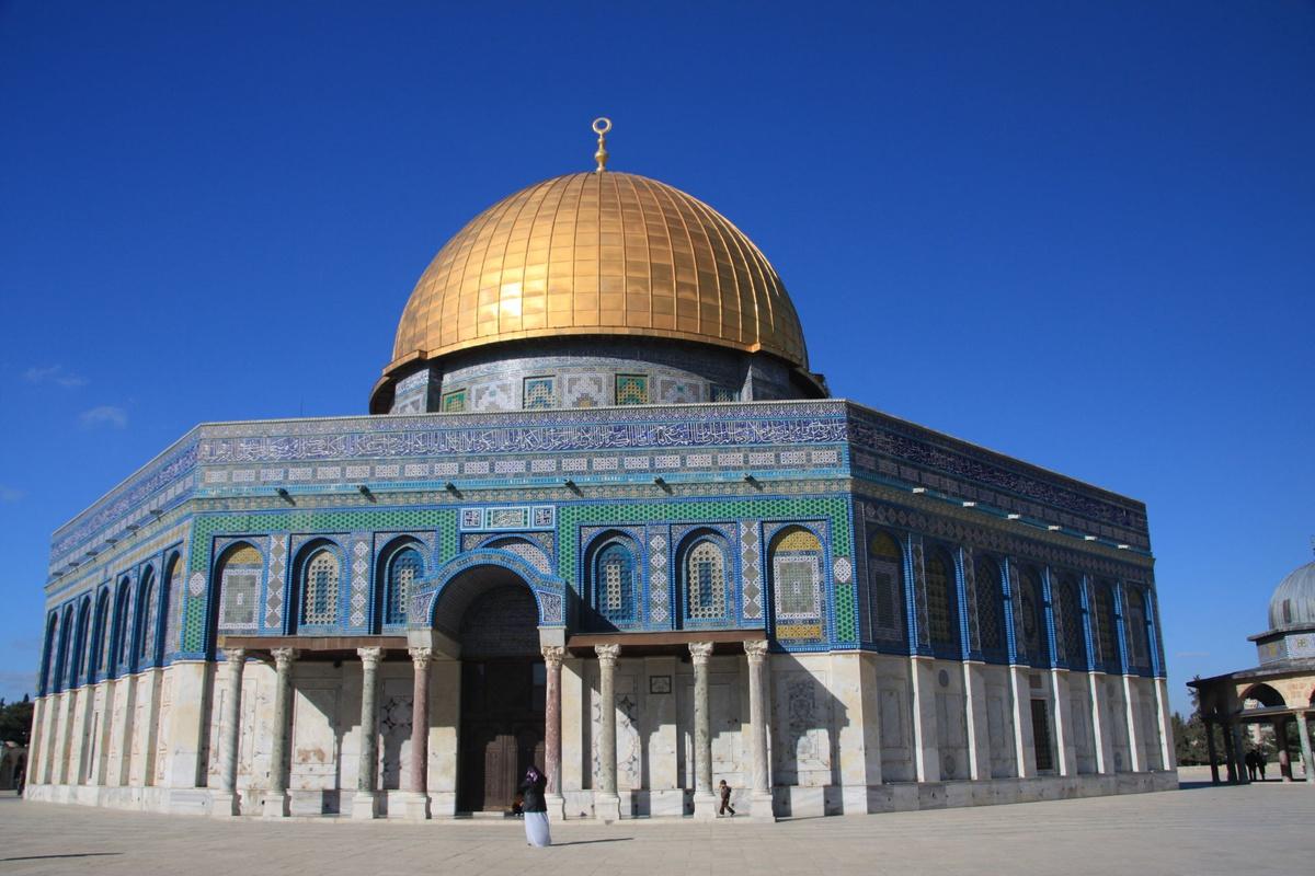 جاء الفتح الإسلامي لفلسطين زمن الخليفة
