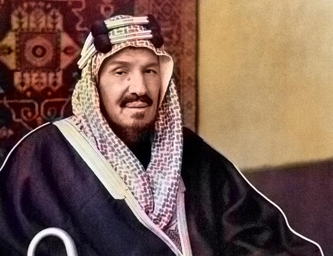 قضى الملك عبد العزيز في توحيد المملكة