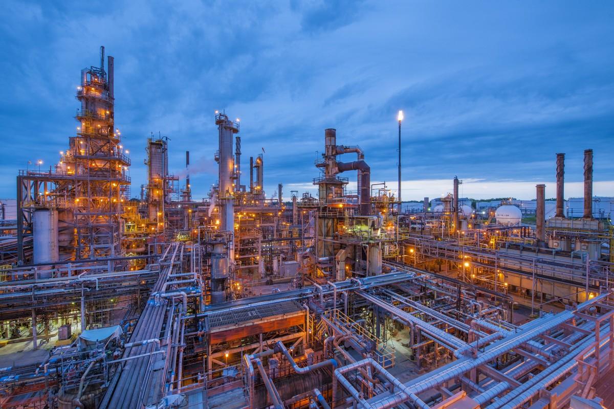 تحتل دول مجلس التعاون أهمية كبرى بين دول العالم من حيث الانتاج والإحتياطي النفطي