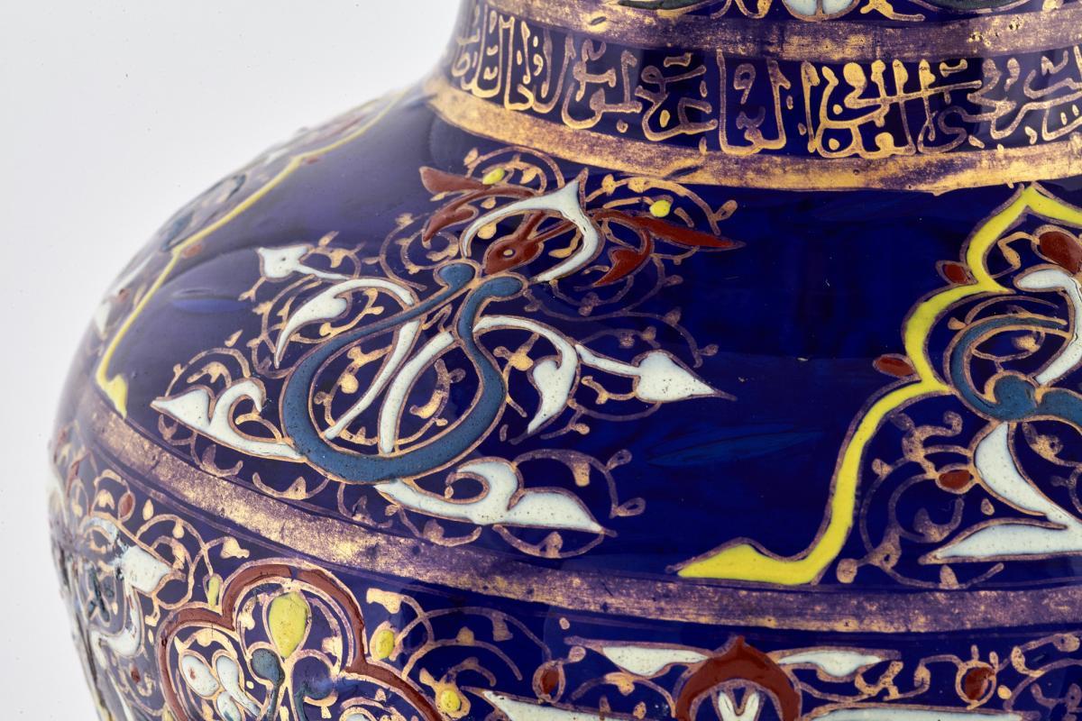 كيف استطاع الفن الاسلامي اضافه المفاهيم الجماليه الجديده والطرق الابتكاريه