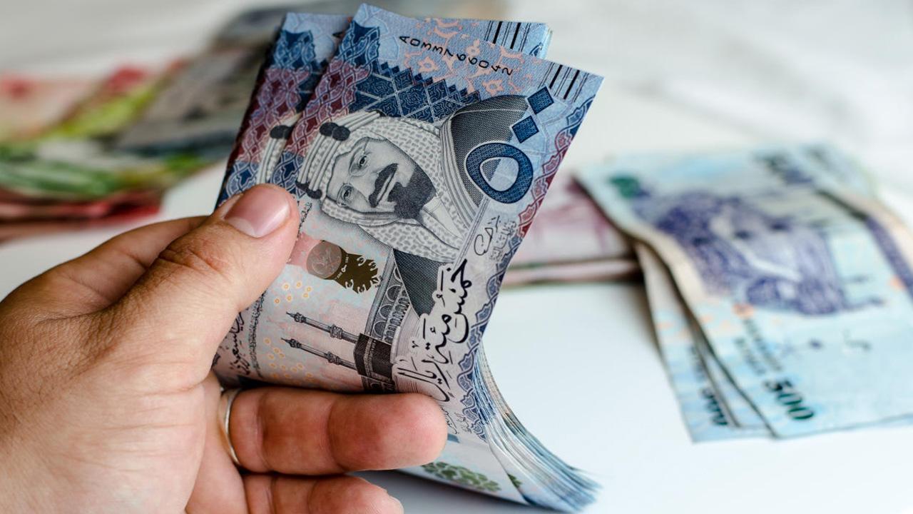 هل العمالة الوافدة تؤثر سلبًا على اقتصاد الوطن