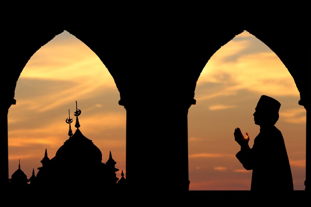 اقوال و افعال الصلاة تنقسم الى