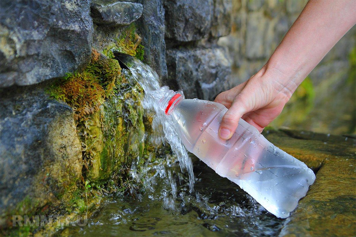 وضح العلاقة بين المياه التي نستخدمها في المنزل بشكل يومي