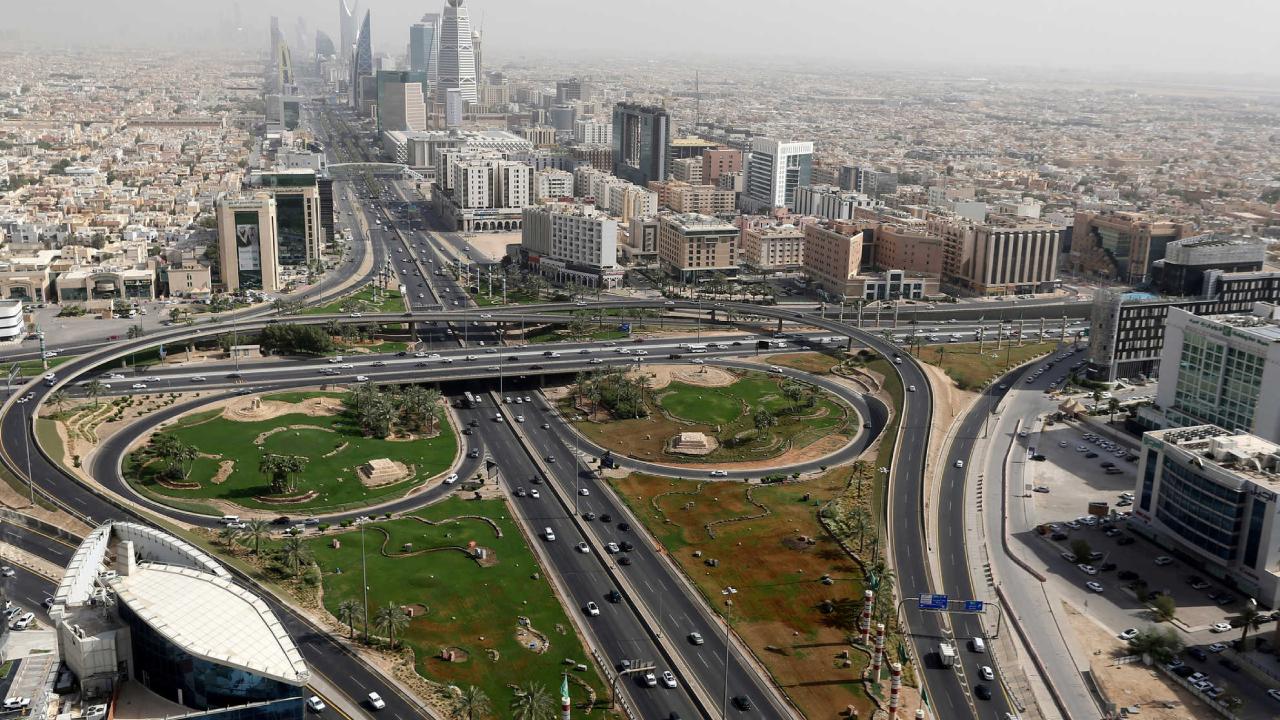 سبب إغلاق جسر الخليج الرياض