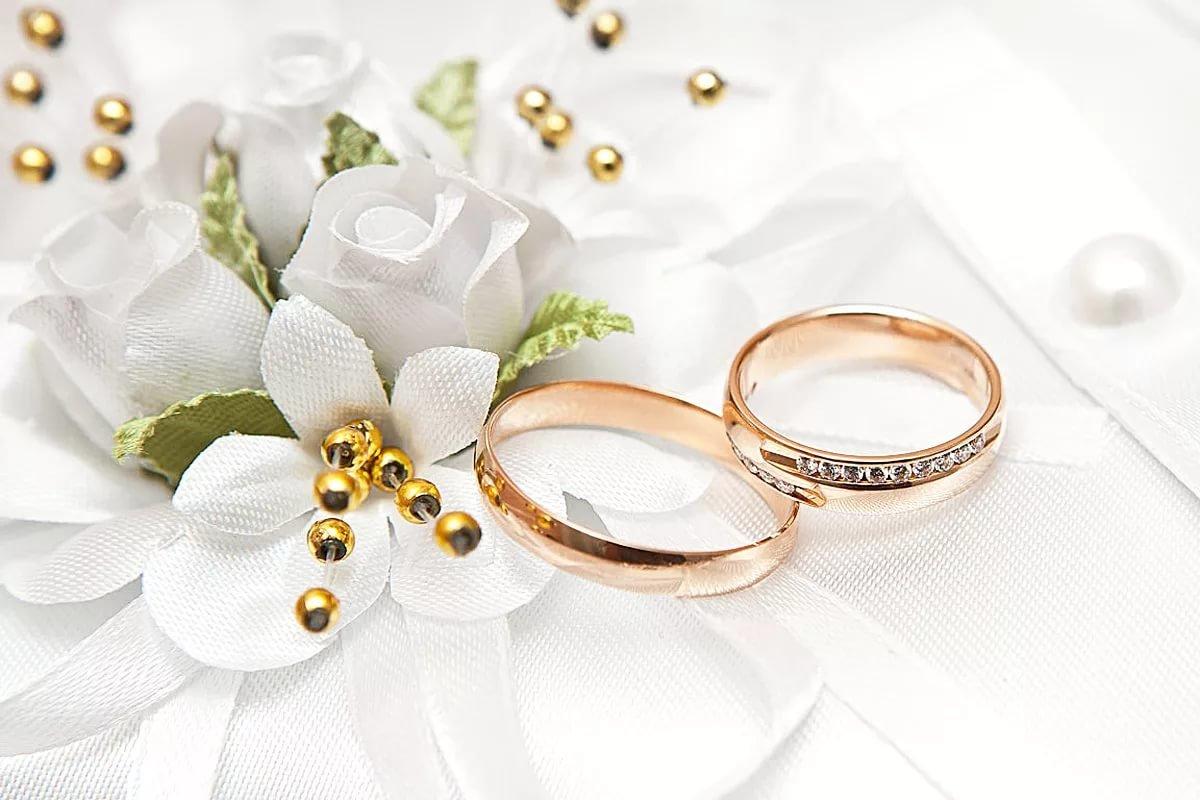 أجمل عبارات تهنئة بالزواج 2021