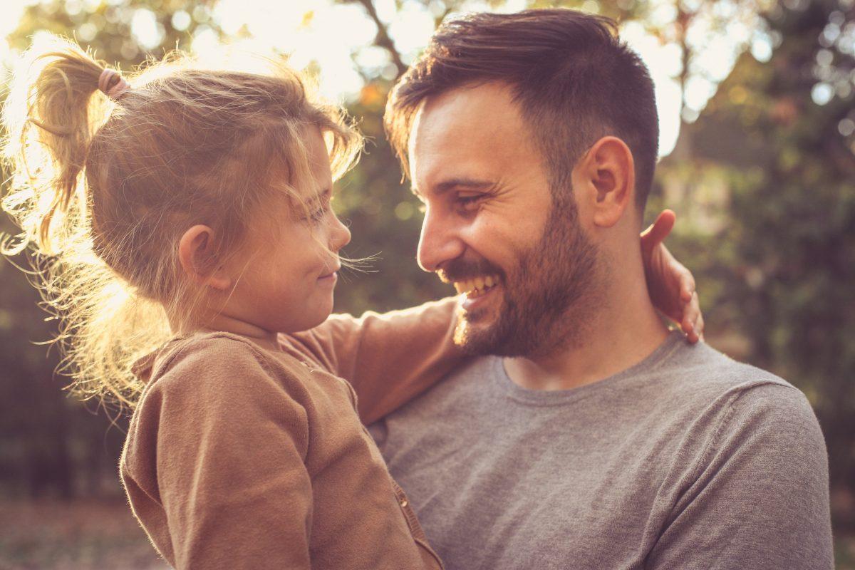 كلمات عن الاب المتوفي في يوم الاب العالمي