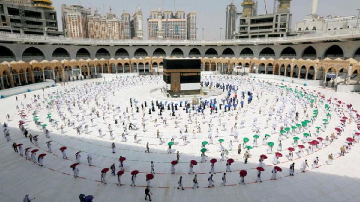 حقيقة عودة العمرة من خارج السعودية 1443