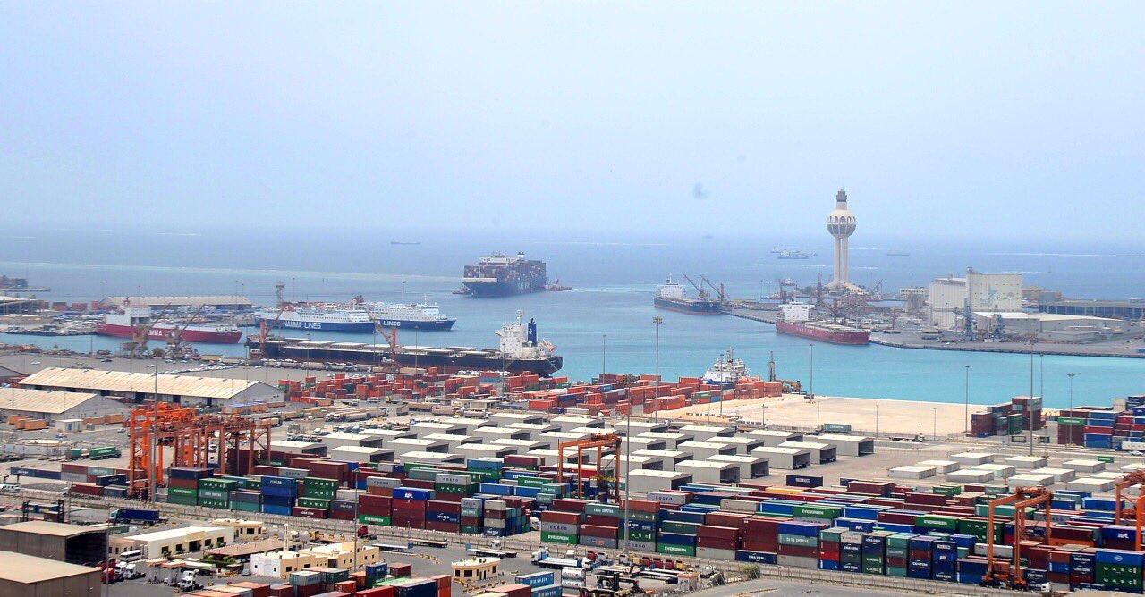 اين يقع ميناء طولون