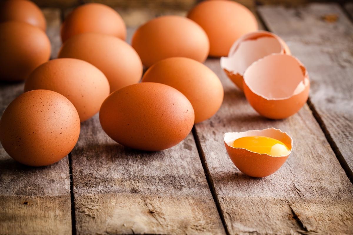 تفسير البيض النيء في المنام للعزباء