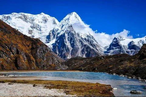 ما هو الفرق بين الهضاب و الجبال