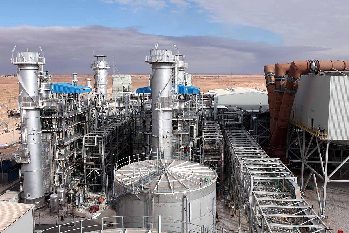 من المشكلات التي تواجه الصناعة العربية