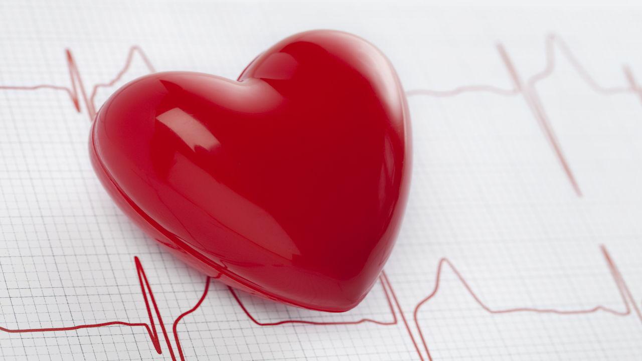 هل مريض القلب ينام كثيرًا